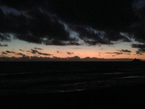 カイルアビーチの夜明け
