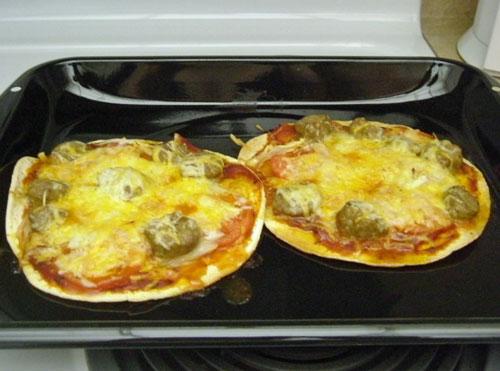 タコス皮で作ったピザ