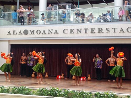 アラモアナのフラショー