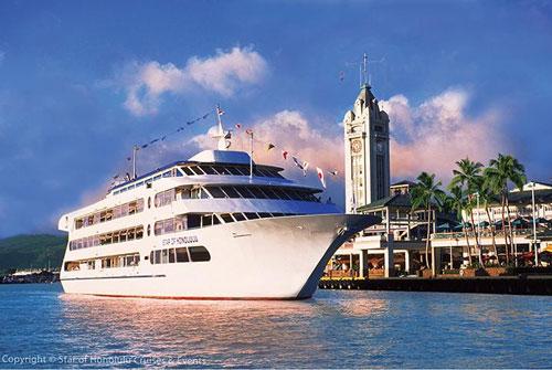 ハワイのクルーズ船スターオブホノルル号