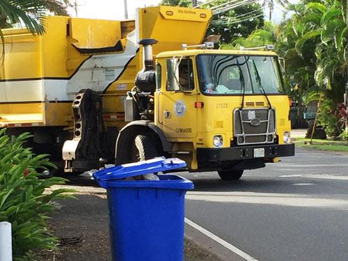 ハワイのごみ収集車