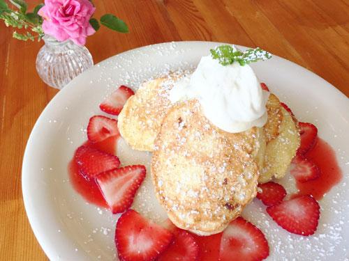 ハワイ クリームポットのスフレパンケーキ