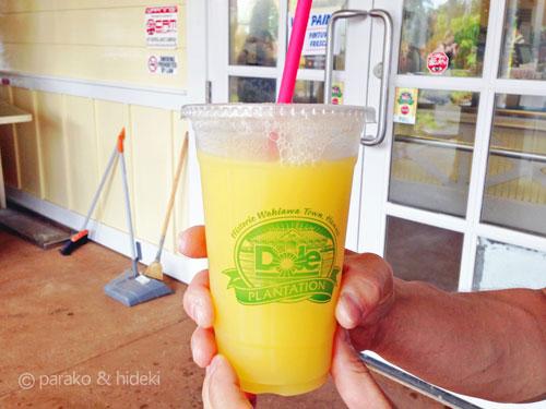 ドールプランテーションのパイナップルジュース