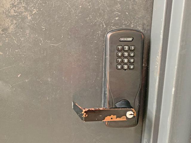 パスコードで開くドア(ハワイ)