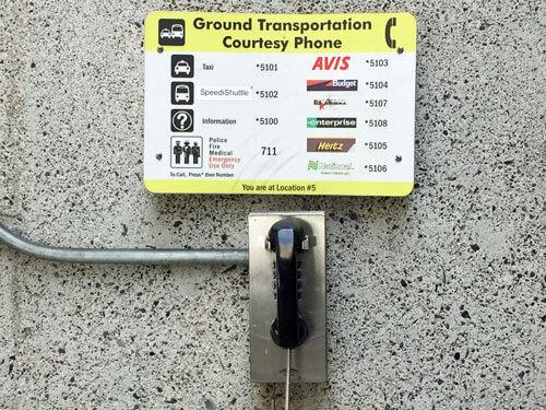 ホノルル空港サービス電話