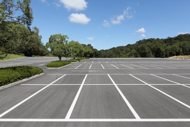 英語で駐車場はパーキングロット