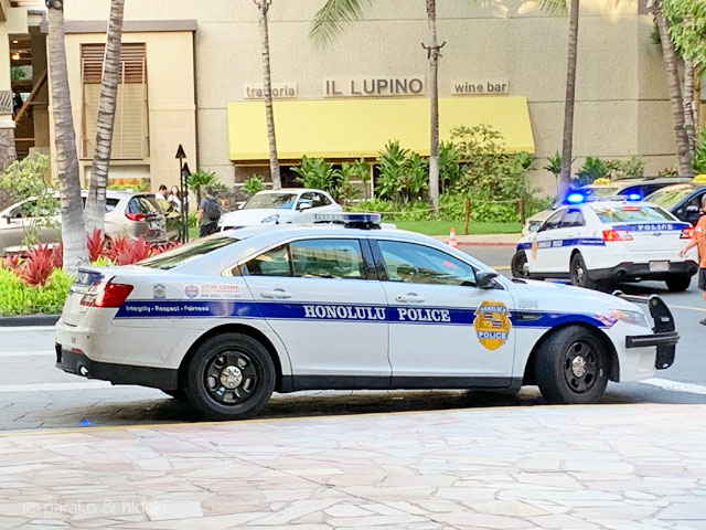 ホノルル警察のパトカー