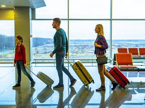 家族旅行用の無料海外旅行保険