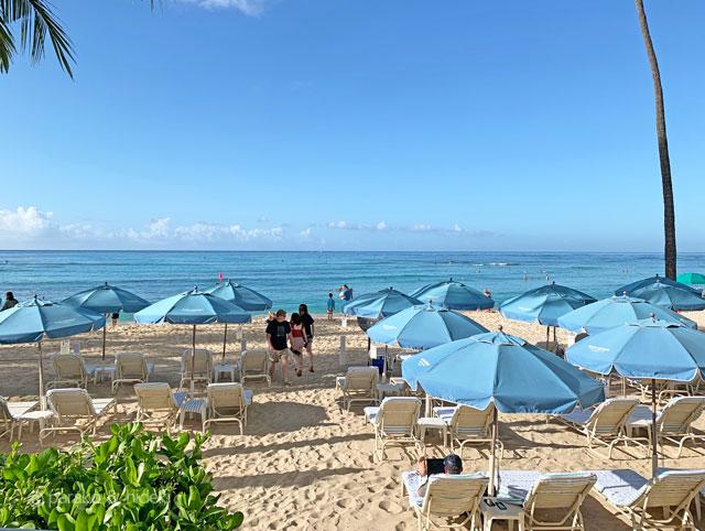 モアナサーフライダー(ハワイ)ビーチ