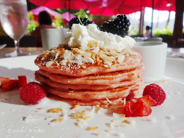 ピンクパレス(ロイヤルハワイアンホテル)サーフラナイ ピンクパンケーキ